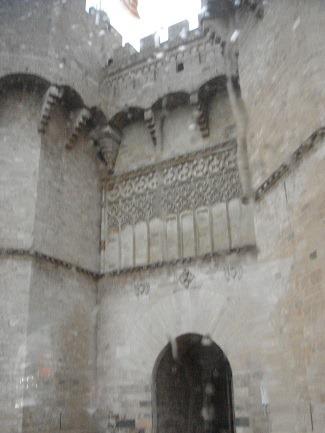 セラーノス門1