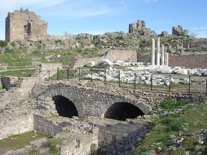 トラヤヌス神殿4