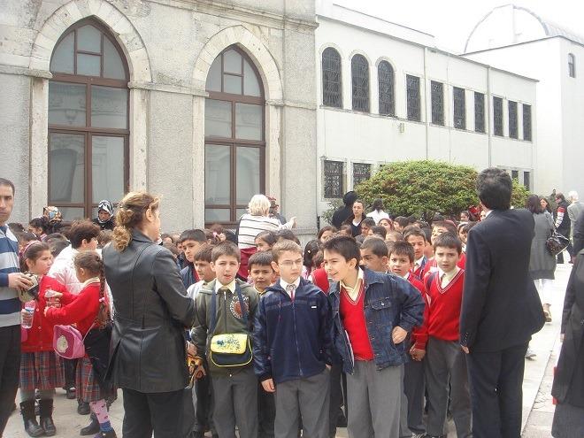 トルコの児童たち