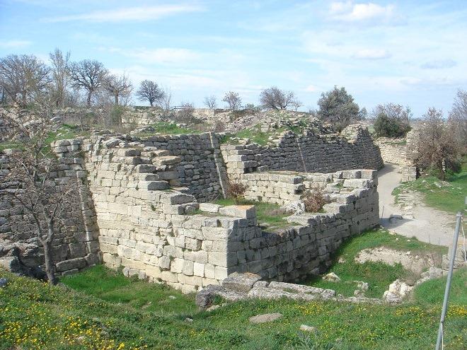 東の塔と城壁
