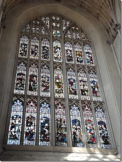3東端窓ステンドグラス