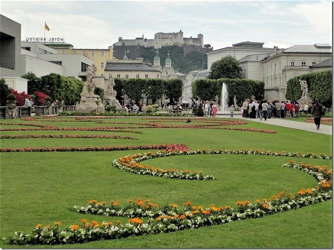 ミラベル庭園とザルツブルク城1