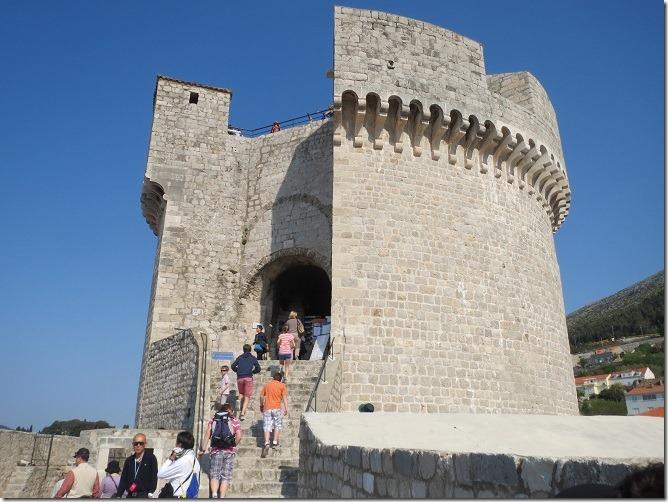11ミンチェスタ要塞へ登る