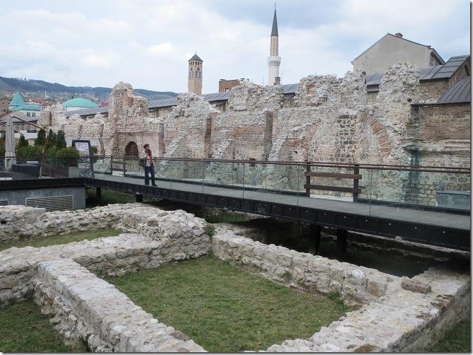 03ベデステンバザール裏の古代遺跡
