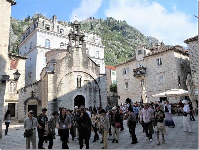 09聖ルカ広場と聖ルカ教会