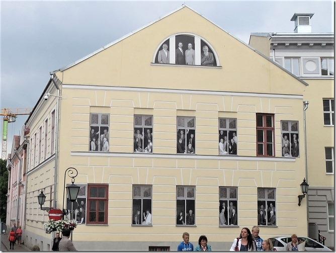 だまし絵の建物
