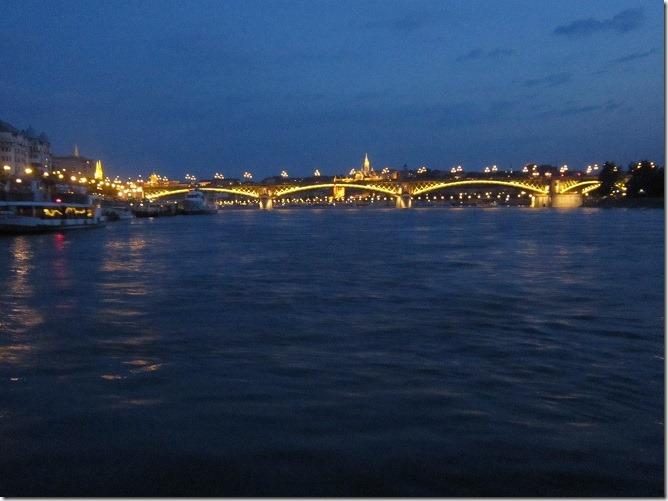 01マルギット橋