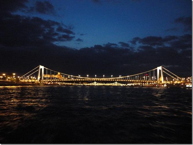 11後ろを向いてエルジェート橋